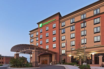 Exterior | Holiday Inn Hotel & Suites Tulsa South