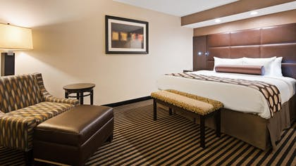 Guestroom | Best Western Plus Atrea Airport Inn & Suites