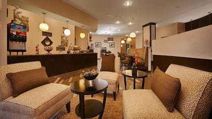Lobby | Best Western Plus Atrea Airport Inn & Suites