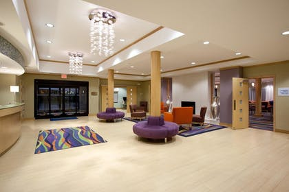 Lobby | Holiday Inn Express Hotel & Suites ROCK SPRINGS GREEN RIVER