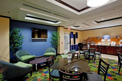 Restaurant | Holiday Inn Express Hotel & Suites Raleigh SW NC State