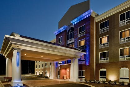 Featured Image | Holiday Inn Express Hotel & Suites Raleigh SW NC State