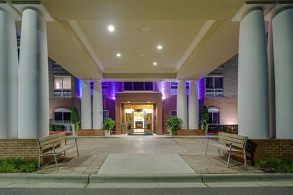 Exterior | Holiday Inn Express Hotel & Suites Raleigh SW NC State