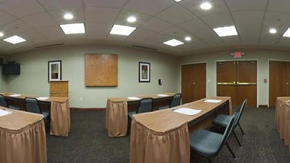 Meeting Facility | Holiday Inn Express Hotel & Suites RIPLEY