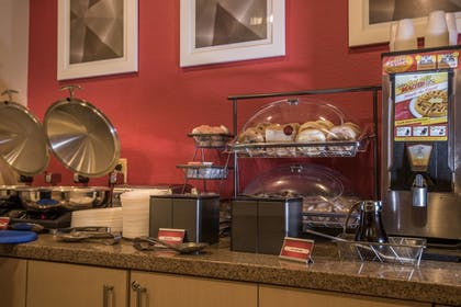 Dining | TownePlace Suites Dallas DeSoto