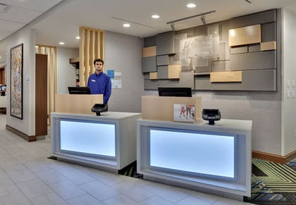 Lobby | Holiday Inn Express & Suites Fort Worth North - Northlake
