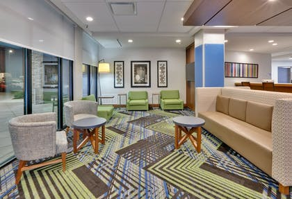 | Holiday Inn Express & Suites Fort Worth North - Northlake