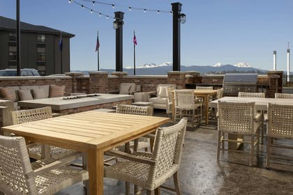 BBQ/Picnic Area | Residence Inn by Marriott Bend