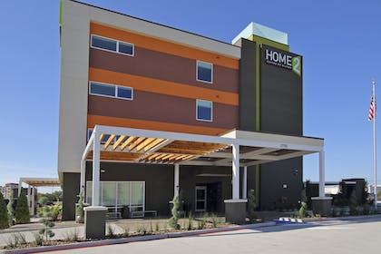 Hotel Front | Home2 Suites by Hilton Port Arthur, TX
