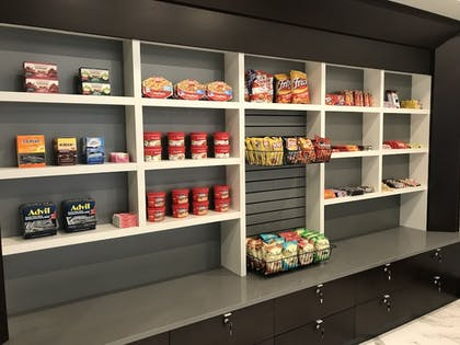 Gift Shop | Embassy Suites by Hilton Plainfield Indianapolis Airport