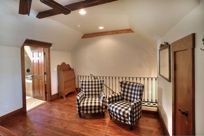 Living Area | The Lodge Above Town Creek