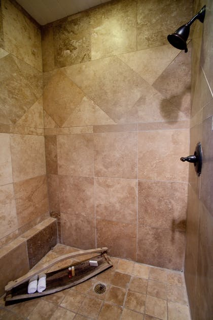 Bathroom Shower | The Lodge Above Town Creek