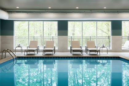 Pool | Holiday Inn Express & Suites Millersburg
