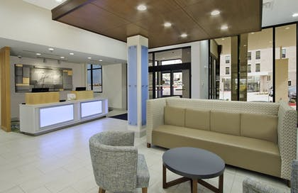 Interior | Holiday Inn Express & Suites Dallas-Frisco NW Toyota Stdm