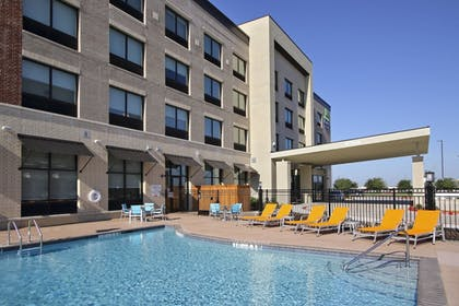 Pool | Holiday Inn Express & Suites Dallas-Frisco NW Toyota Stdm