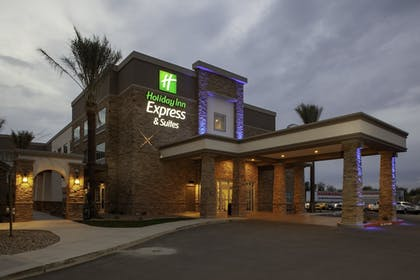 Featured Image | Holiday Inn Express & Suites Phoenix East - Gilbert