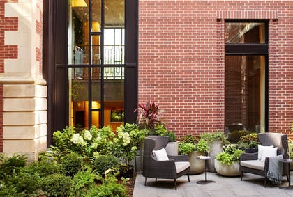 Courtyard | The Whitney Hotel