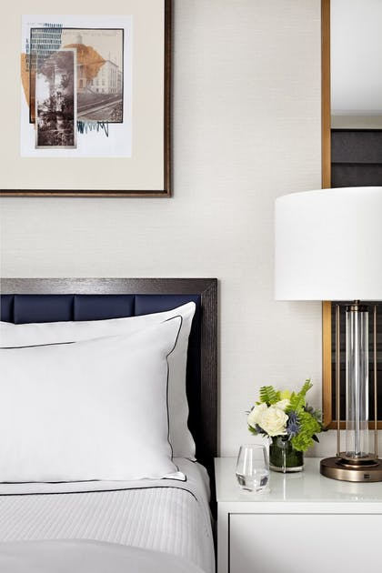 Guestroom | The Whitney Hotel