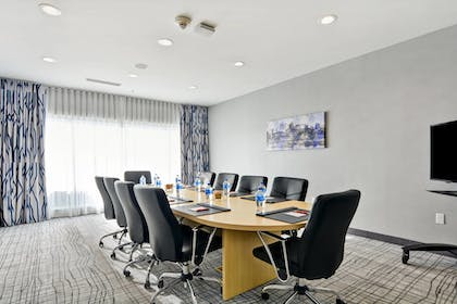 Meeting Facility | TownePlace Suites by Marriott Bridgewater Branchburg