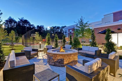 Courtyard | TownePlace Suites by Marriott Bridgewater Branchburg