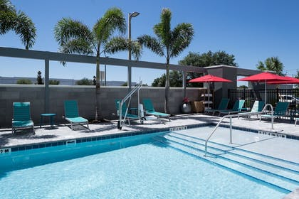 Pool | Home2 Suites by Hilton Orlando Airport