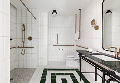 Bathroom | Woodlark