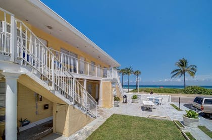 Featured Image | Paradise Oceanfront HBH