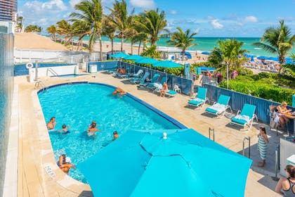 Infinity Pool | MARENAS BEACH RESORT privately managed by Miami and the Beaches Rental