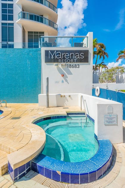 Outdoor Spa Tub | MARENAS BEACH RESORT privately managed by Miami and the Beaches Rental