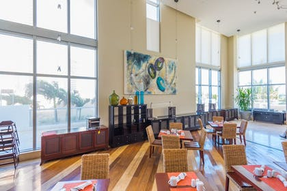 Breakfast Area | MARENAS BEACH RESORT privately managed by Miami and the Beaches Rental