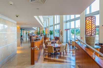 Restaurant | MARENAS BEACH RESORT privately managed by Miami and the Beaches Rental