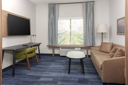 Room | Fairfield Inn & Suites Fort Collins South