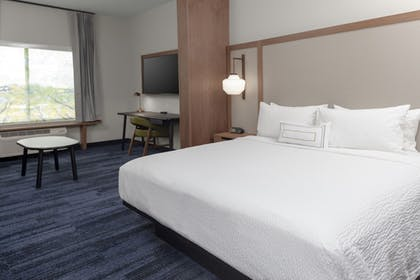 Guestroom | Fairfield Inn & Suites Fort Collins South
