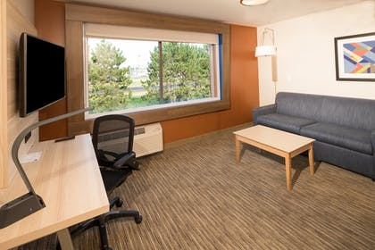 Room | Holiday Inn Express And Suites Auburn