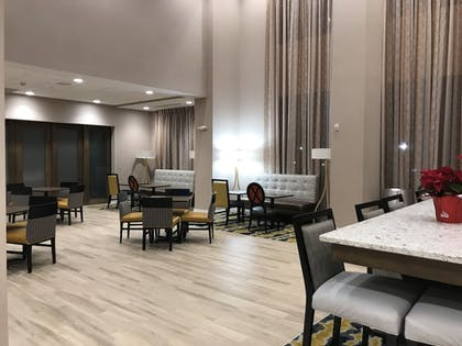 Dining | Hampton Inn & Suites Columbia Killian Road