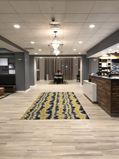 Interior Entrance | Hampton Inn & Suites Columbia Killian Road