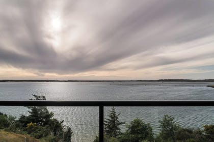 Balcony View | Seagate: Starboard~coos Bay~premiere Property