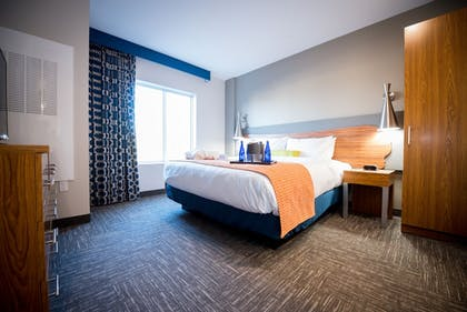 Guestroom | The Kartrite Resort & Indoor Waterpark