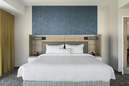 Guestroom | SpringHill Suites by Marriott Greenville Downtown