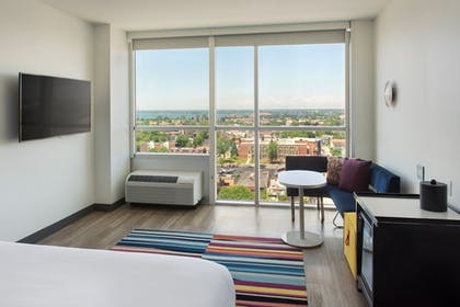 Room | Aloft Buffalo Downtown