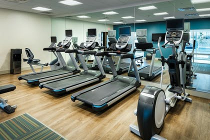 Fitness Facility | Holiday Inn Express & Suites Medford