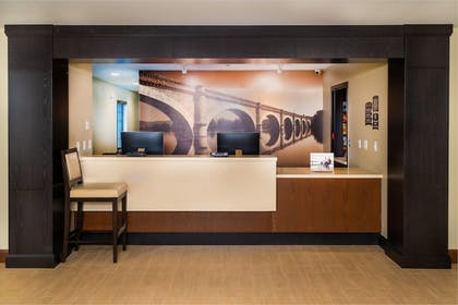Lobby | Staybridge Suites Newark - Fremont