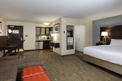 Guestroom | Staybridge Suites Newark - Fremont