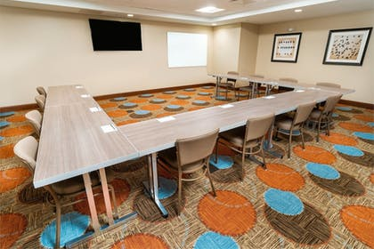Meeting Facility | Staybridge Suites Newark - Fremont