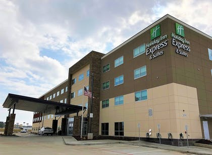 Featured Image | Holiday Inn Express & Suites Springfield North