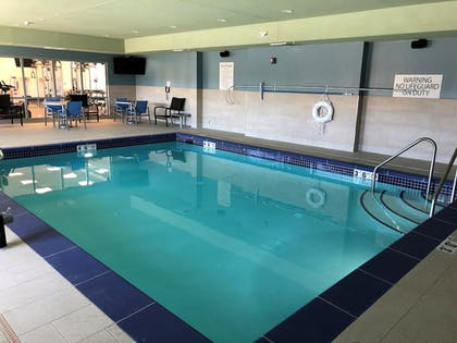 Pool | Holiday Inn Express & Suites Springfield North