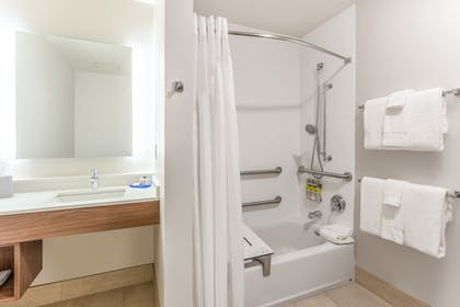 Bathroom | Holiday Inn Express & Suites Springfield North