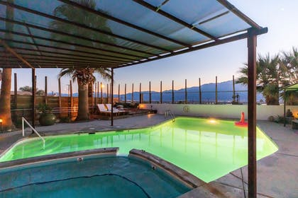 Hot Springs | Miracle Manor Boutique Hotel & Spa
