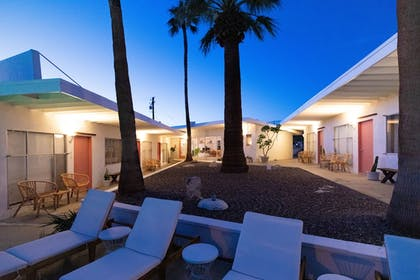 Courtyard | Miracle Manor Boutique Hotel & Spa