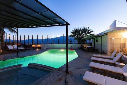 Outdoor Pool | Miracle Manor Boutique Hotel & Spa